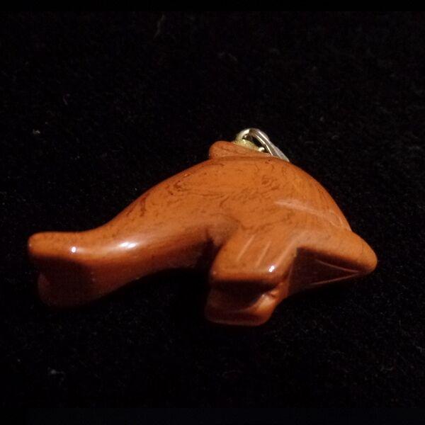 Jáspis delfin medál