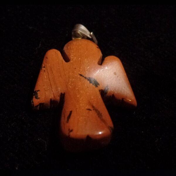 Jáspis angyal medál